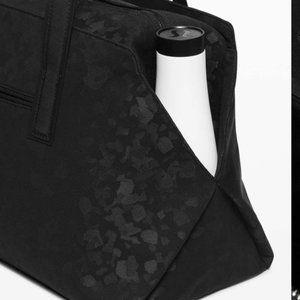 lululemon athletica Bags - Lululemon Go Getter Bag 26L Fragment Camo Jacquard